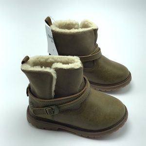 Oshkosh B'Gosh Tess-G Faux Fur Toddler Boots - 7